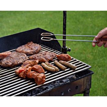 Colis de viandes spéciales barbecue. Viande à griller préparé par la Maison Lamorlette, boucher charcutier des Hautes-Alpes.